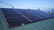 中央市 モダンなお家 太陽光ソーラーパネル設置