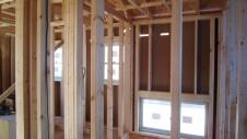 笛吹市 パイン無垢材のお家 内装工事2