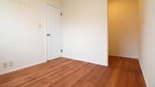 甲府市 漆喰の塗り壁の家 部屋1