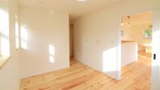 甲府市 塗り壁のお家 1F部屋1