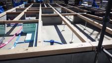 山梨市 塗り壁とエイジング加工のかわいい家 土台敷き工事2