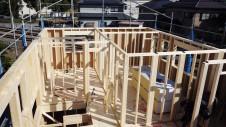 山梨市 塗り壁とエイジング加工のかわいい家 上棟7