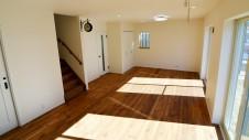 笛吹市 塗り壁のかわいい家 リビング