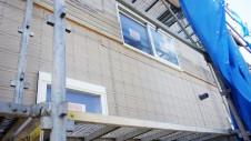 山梨市 塗り壁とエイジング加工のかわいい家 外装工事4