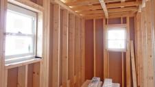 笛吹市石和町 エイジング加工のキュートな家 内装工事2