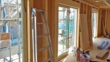 笛吹市石和町 エイジング加工のキュートな家 内装工事3