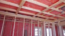 笛吹市石和町 エイジング加工のキュートなお家 内装工事4