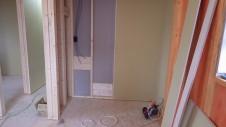 甲府市 漆喰塗り壁のかわいいお家 内装工事6