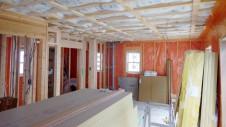 笛吹市石和町 エイジング加工のキュートな家 内装工事7