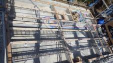 北杜市高根町 漆喰とウッドデッキのお家 土台敷き1