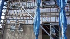 北杜市高根町 漆喰とウッドデッキのお家 外装工事3