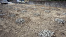 甲府市山宮に建つエイジング加工を施した大きなお家 地盤改良