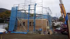 甲府市山宮に建つエイジング加工を施した大きなお家 上棟工事3