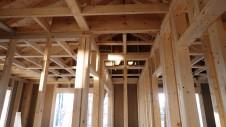 甲府市山宮に建つエイジング加工を施した大きなお家 上棟工事8