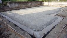 甲府市山宮に建つエイジング加工を施した大きなお家 基礎工事1