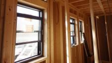 甲府市山宮に建つエイジング加工を施した大きなお家 内装工事2