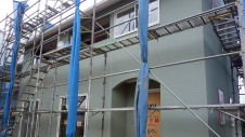 山梨市に建築中の大好きな自然素材の漆喰がこだわりのかわいい家 外装仕上げ