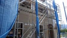 山梨市 大好きな自然素材の漆喰のこだわりのお家 外装工事9