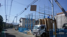 甲府市国母 漆喰と極厚フフローリングのカワイイお家 上棟1