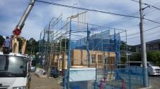 甲斐市 書斎からガレージが見えるインダストリアルデザインのお家 上棟工事1