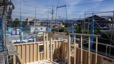 甲府市国母 漆喰と極厚フフローリングのカワイイお家 上棟2