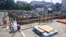 甲府市国母 漆喰と極厚フフローリングのカワイイお家 基礎工事10
