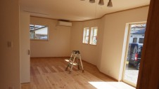 甲斐市竜王新町 自然素材にこだわるお家 内装工事20