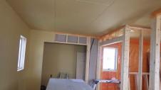 山梨市 大好きな自然素材の漆喰のこだわりのお家 内装工事11