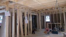 甲府市国母 漆喰と極厚フフローリングのカワイイお家 内装工事1