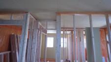 山梨市 大好きな自然素材の漆喰のこだわりのお家 内装工事12