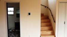 甲斐市に建つ書斎からガレージが見れるインダストリアルデザインのお家 内装工事19