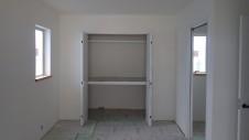山梨市に建築中の大好きな自然素材の漆喰がこだわりのかわいい家 内装仕上げ4