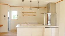 山梨市に建築中の大好きな自然素材の漆喰がこだわりのかわいい家 内装仕上げ3