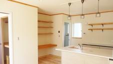 山梨市に建築中の大好きな自然素材の漆喰がこだわりのかわいい家 内装仕上げ2