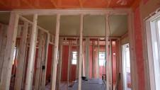 山梨市 大好きな自然素材の漆喰のこだわりのお家 内装工事7