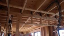 甲斐市 書斎からガレージが見えるインダストリアルデザインのお家 内装工事4