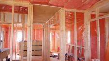 山梨市 大好きな自然素材の漆喰のこだわりのお家 内装工事9