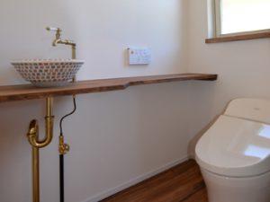 造作カウンターと手洗いボウル-2