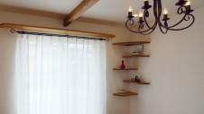 市川三郷 猫ちゃんが快適に住めるカワイイお家 造作コーナーキャットタワー