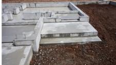 甲斐市に建つレザークラフト屋さんのかわいいお家 基礎工事10