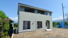山梨市に建つ大好きな自然素材の漆喰のこだわりのお家