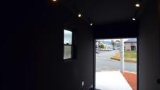 甲斐市に建つ書斎からガレージが見れるインダストリアルデザインのお家15