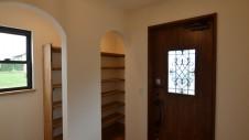 甲斐市に建つ書斎からガレージが見れるインダストリアルデザインのお家14