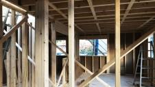 笛吹市に建つくつろぎのカフェスタイルのお家 上棟工事3