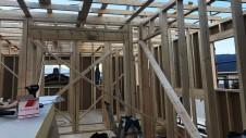 笛吹市に建つくつろぎのカフェスタイルのお家 上棟工事7