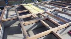 甲州市に建つ太陽光発電とお庭にこだわったお家 土台敷き2