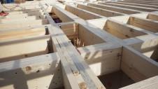 甲州市に建つ太陽光発電とお庭にこだわったお家 上棟工事2