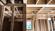 中央市に建つ日当たり良好で木のぬくもりを感じるお家 上棟工事4