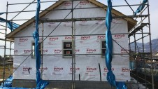 笛吹市に建つ広々フラットハウス 外装工事2