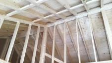 笛吹市に建つ広々フラットハウス 上棟作業8